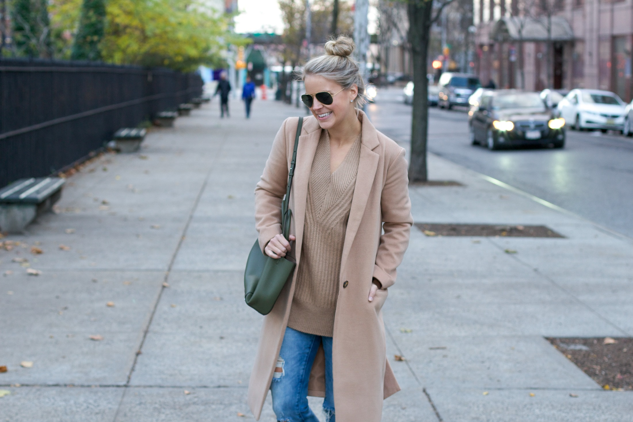 camel oversized sweater, kendall johnson, nyc fashion