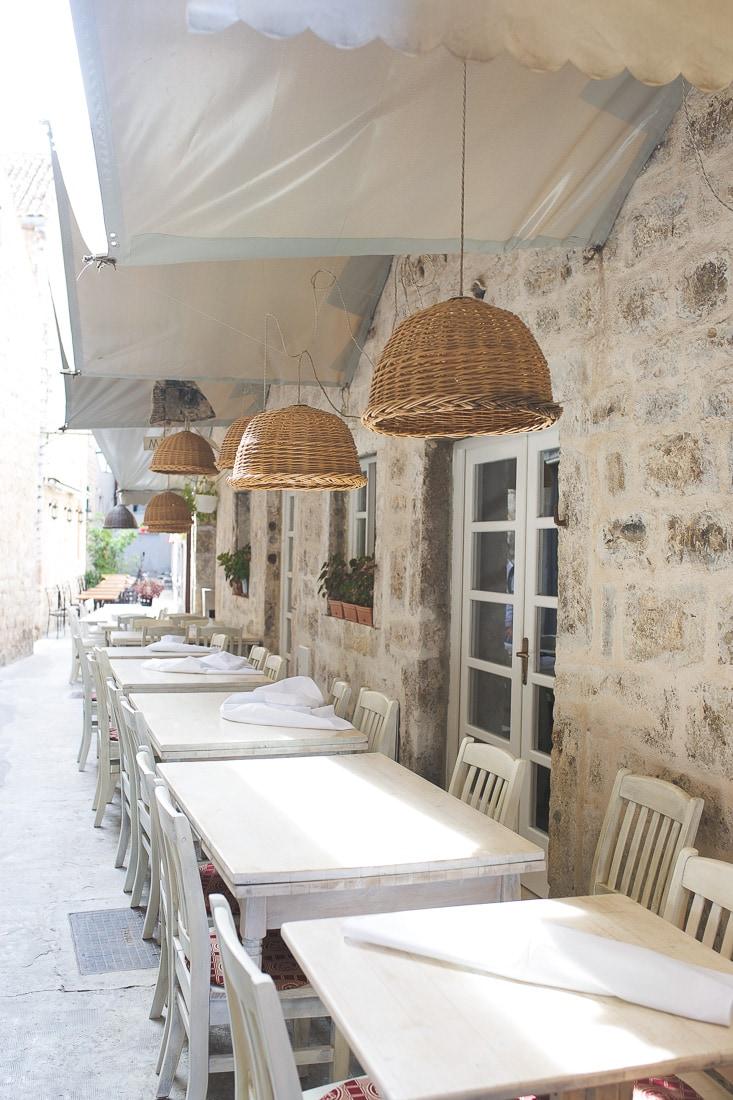 restaurants in hvar