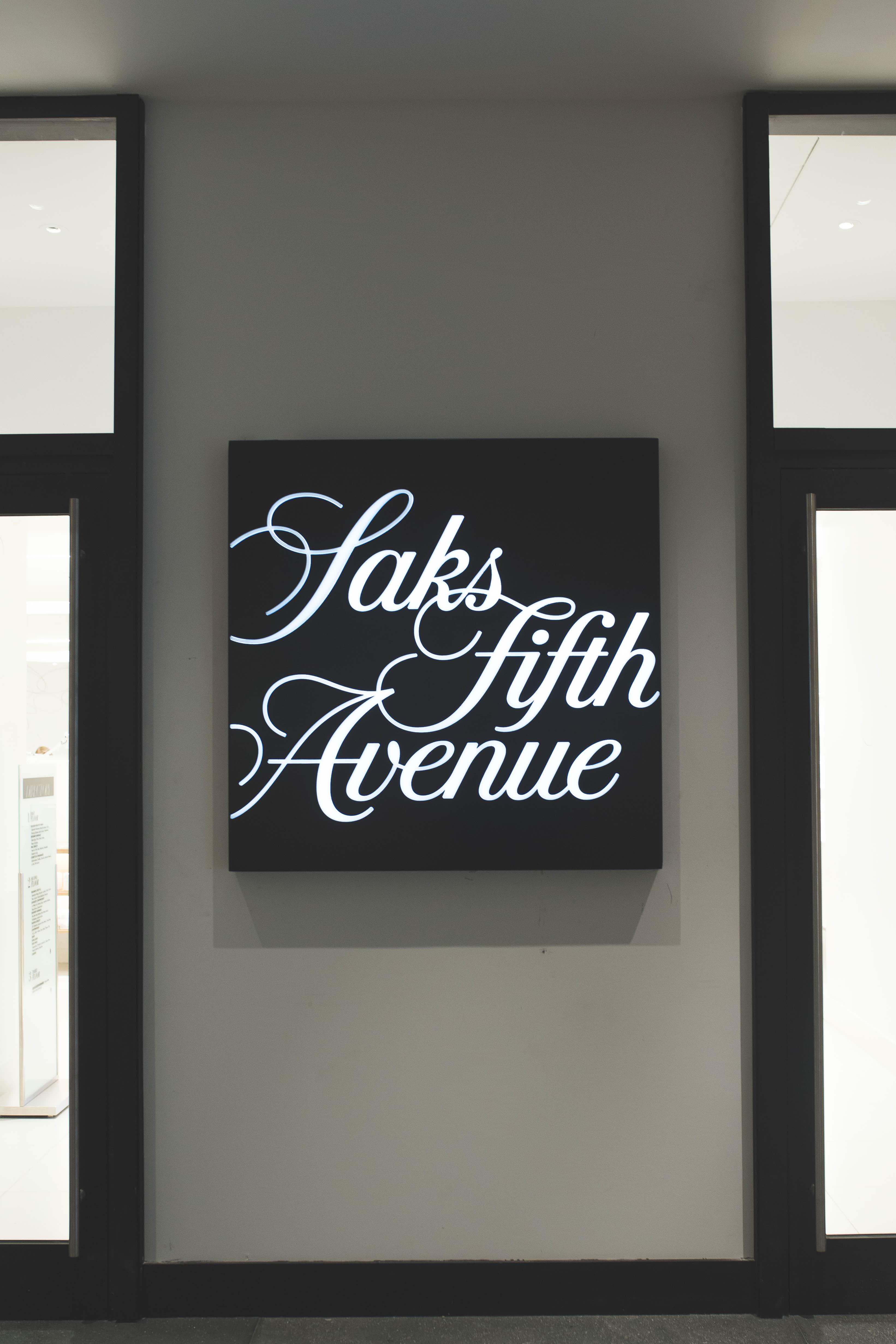 saks-fifth-avenue-brookfield-place