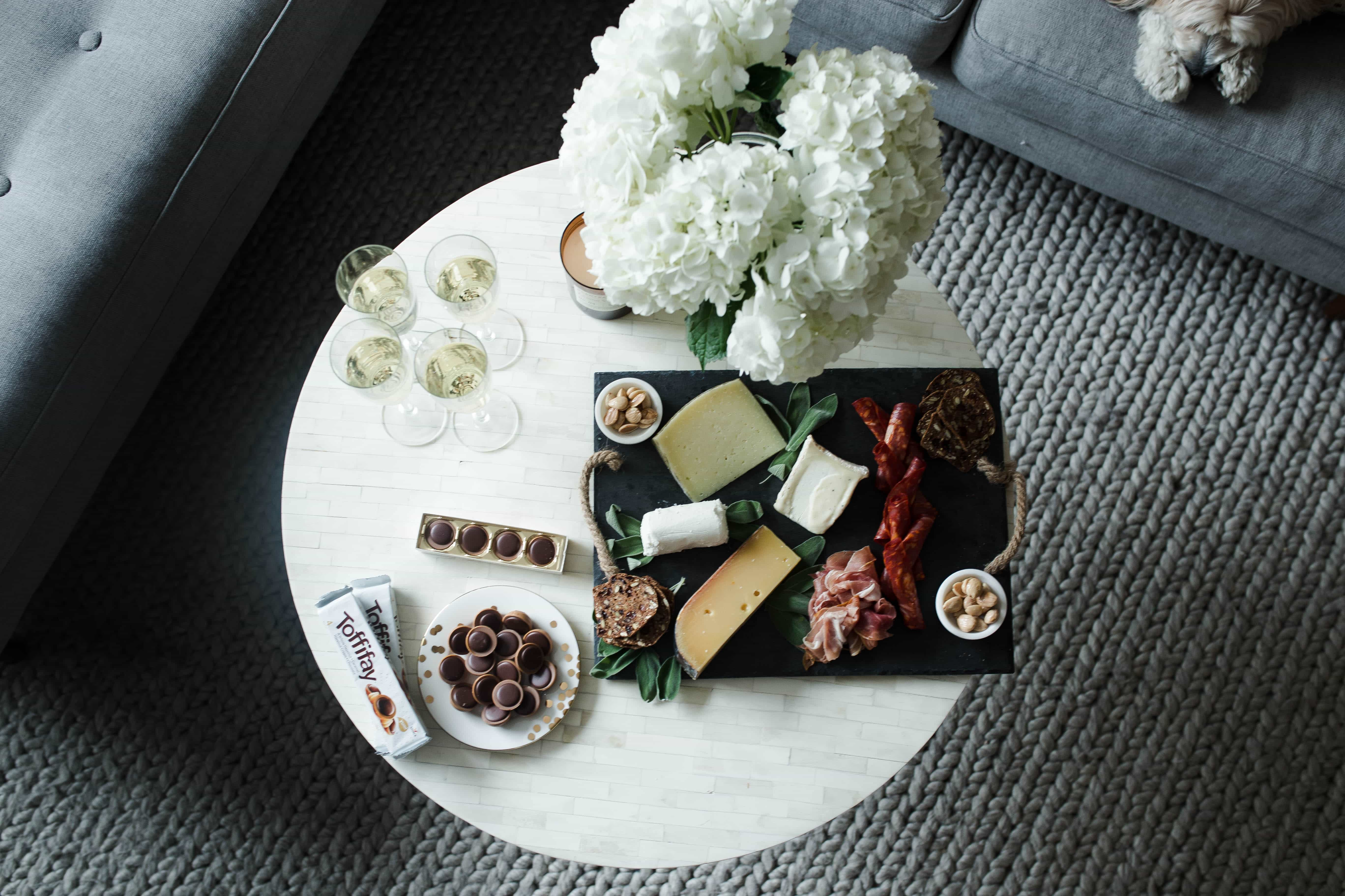 how to style a cheese plate