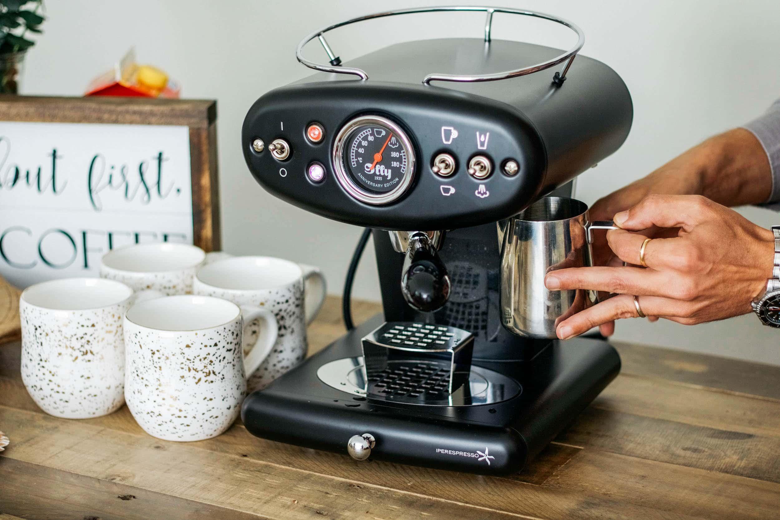 illy X1 Anniversary Espresso & Coffee Machine