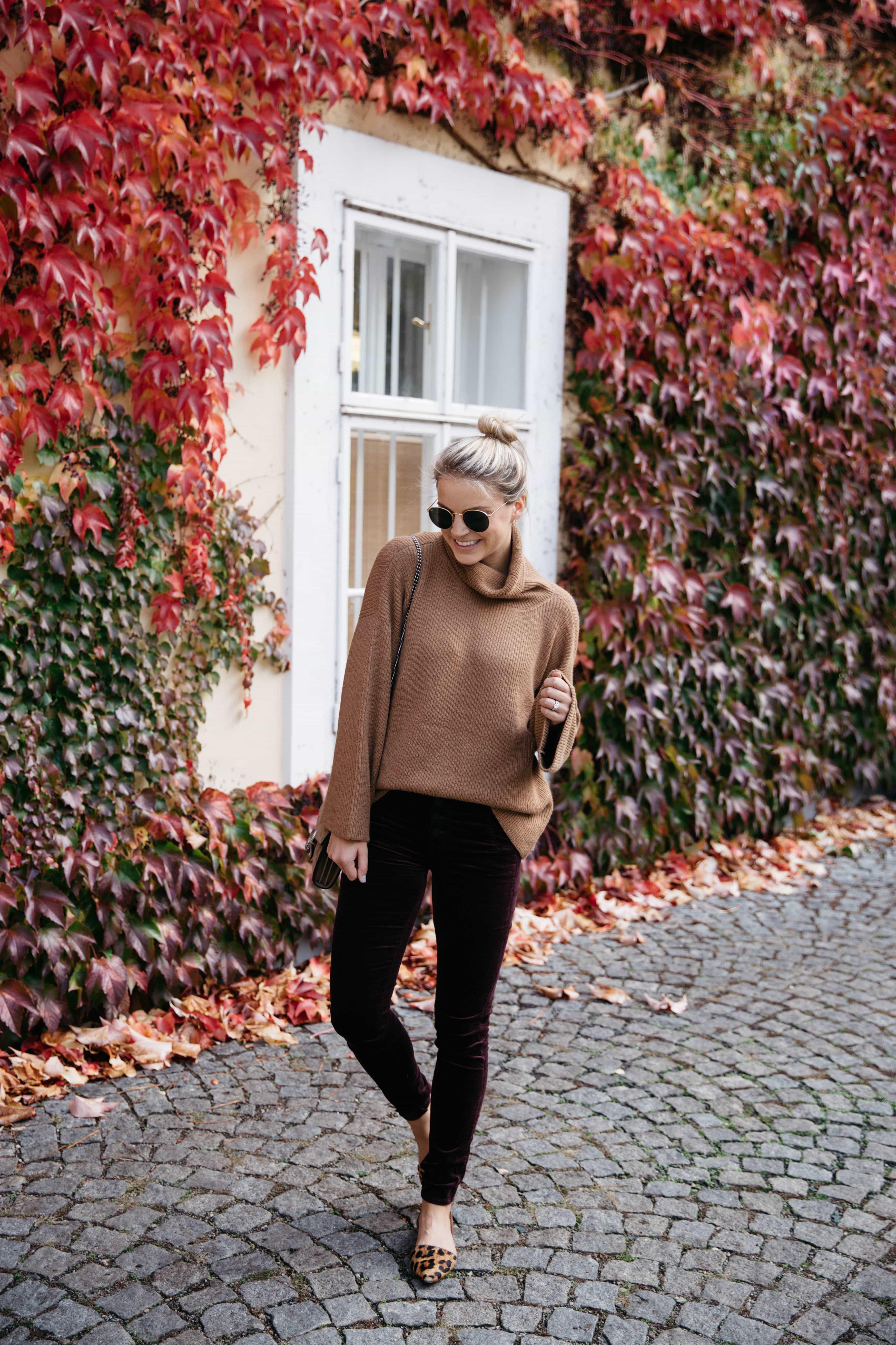 J Brand Natasha Super Skinny Velvet Jeans in Deep Mulberry