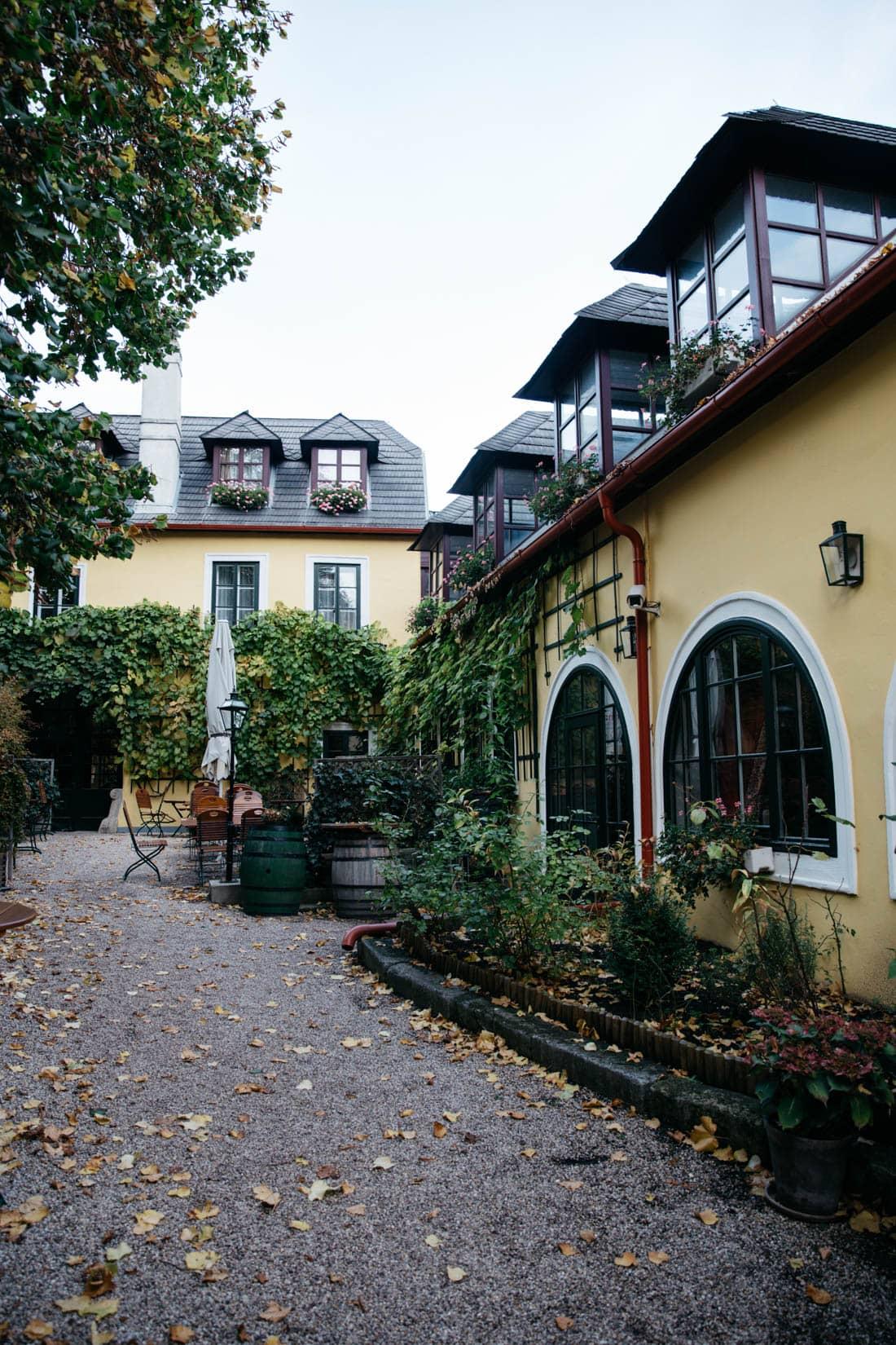 grinzing wine village vienna