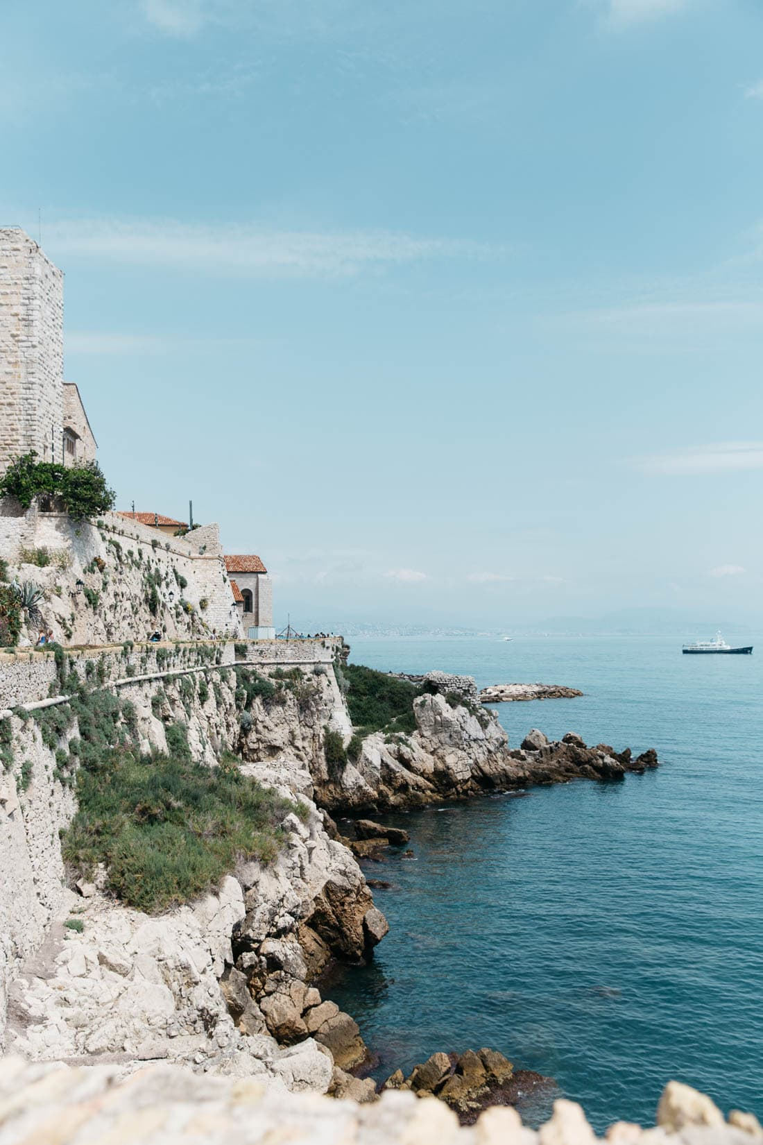 Antibes Travel Guide