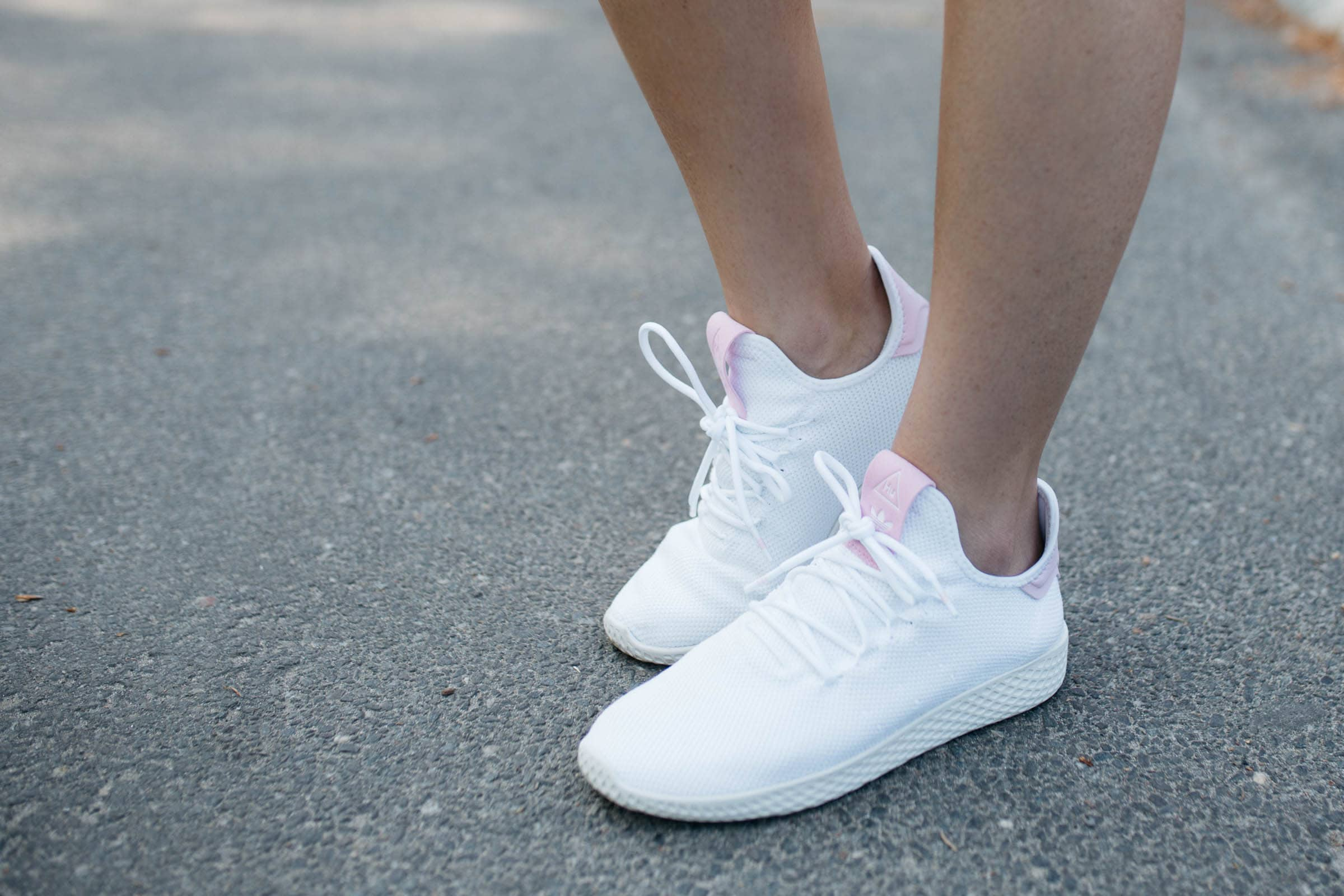 white running sneakers
