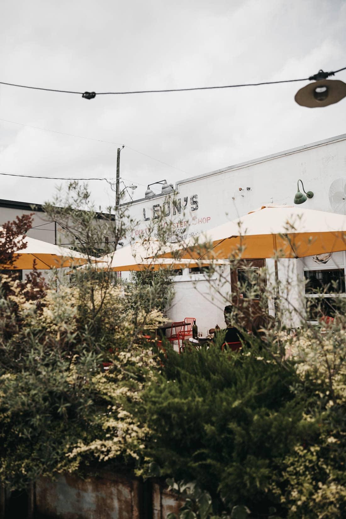 Leon's Oyster Bar