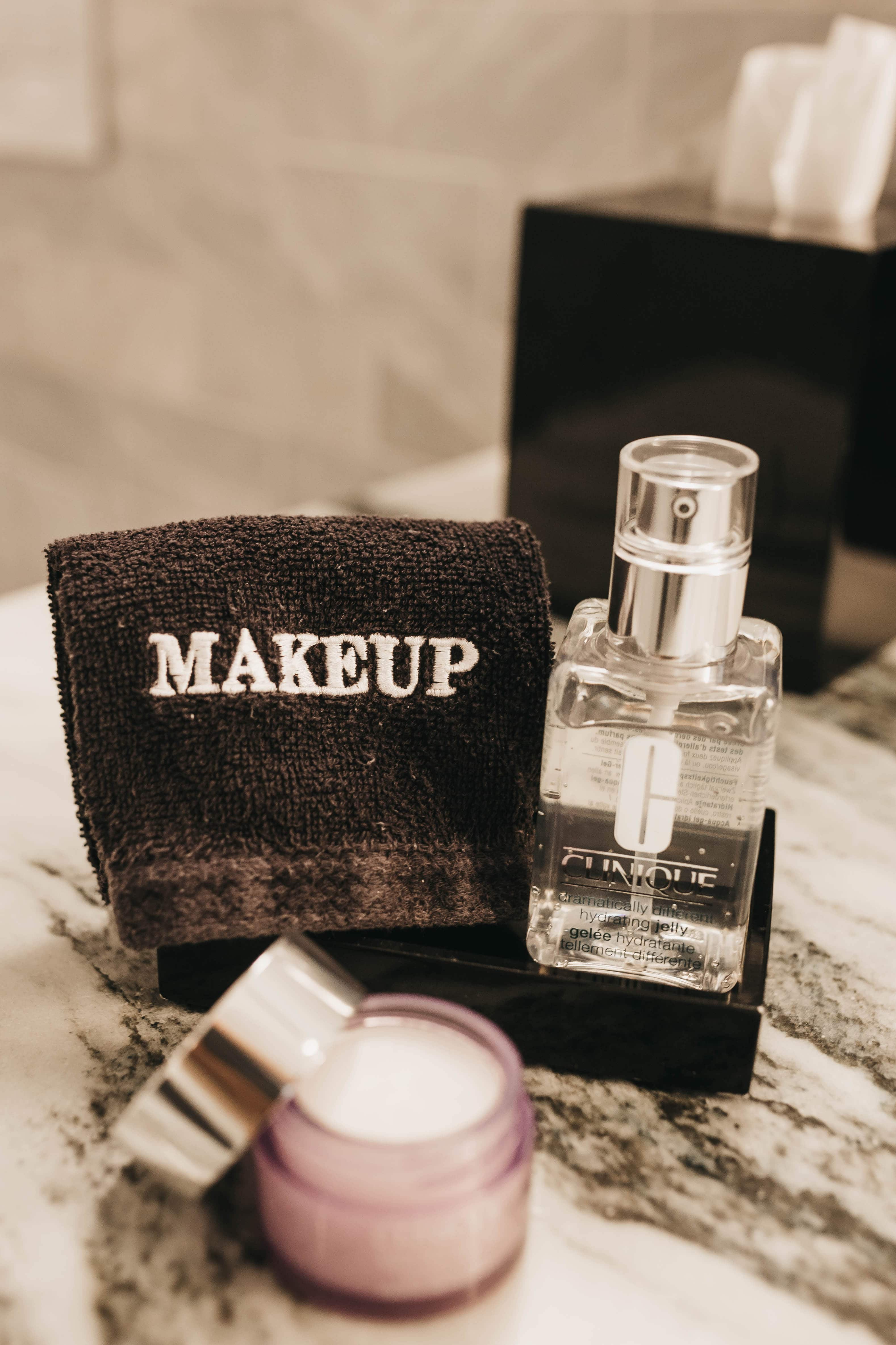 how to take off your makeup