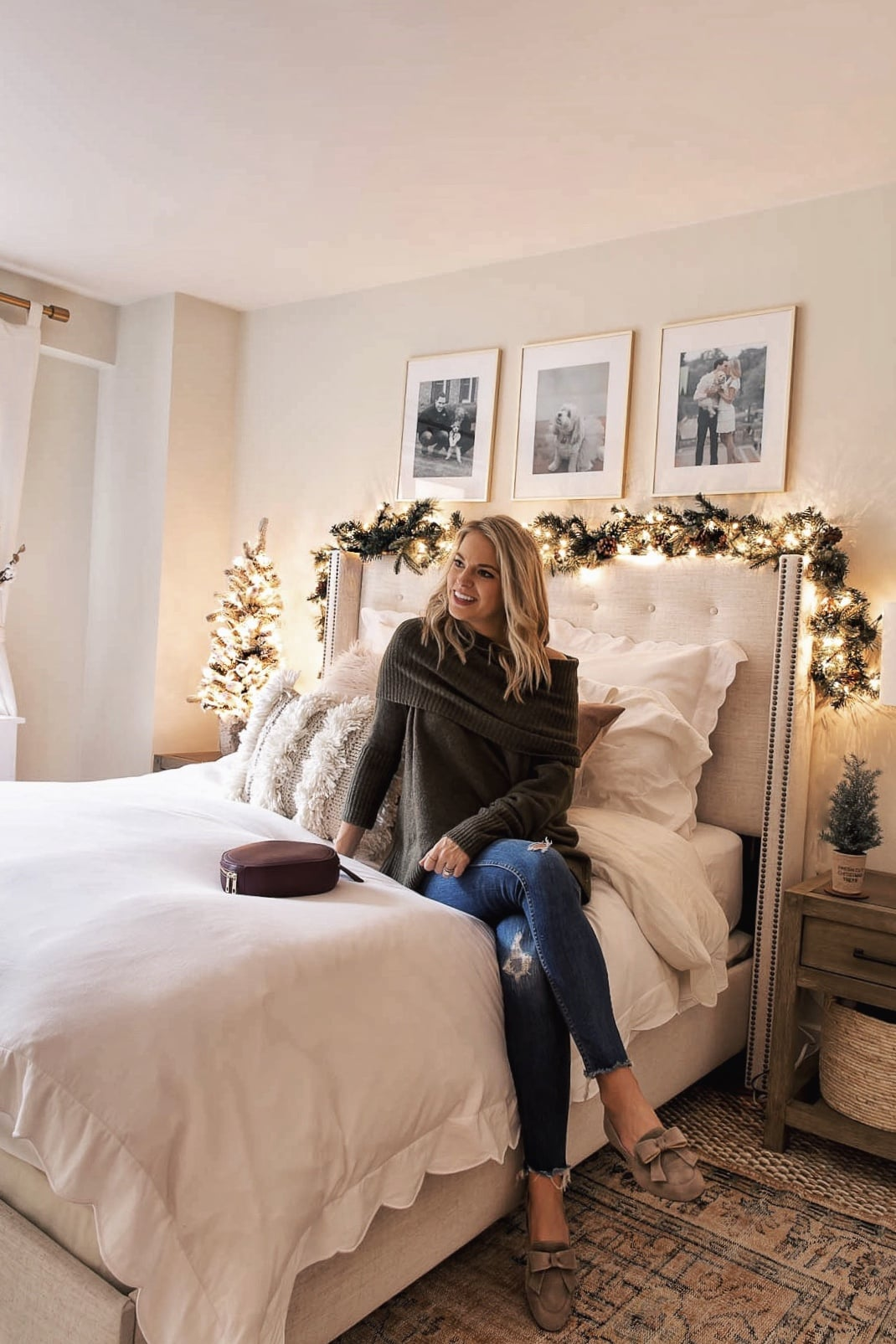 Holiday Bedroom Decor Inspo