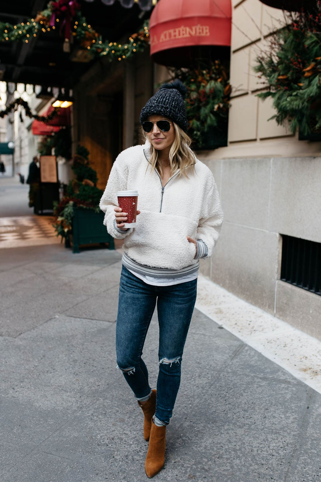 Pregnancy Winter Outfit Inspo