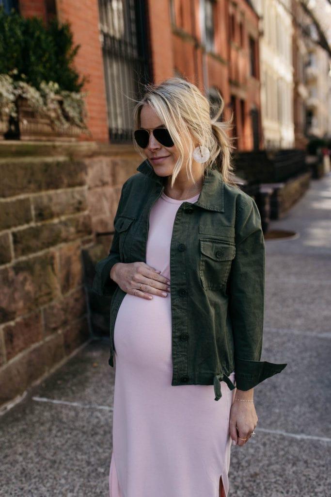 styled snapshots pregnancy