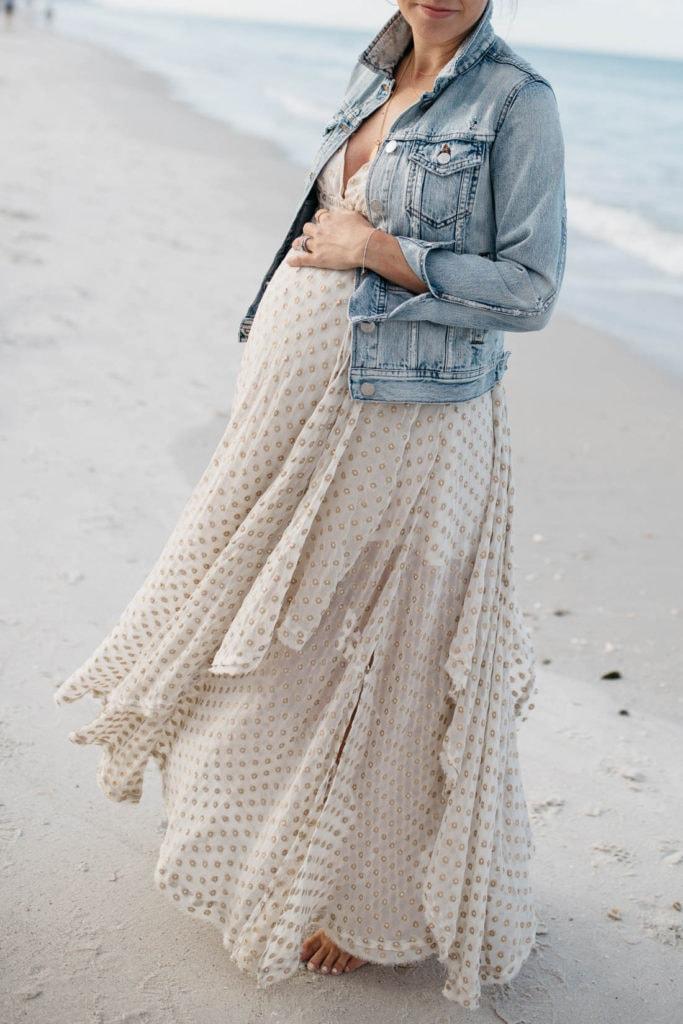 beach maternity style